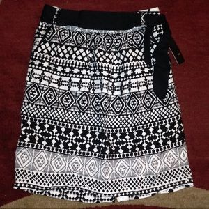 Above the knee skirt
